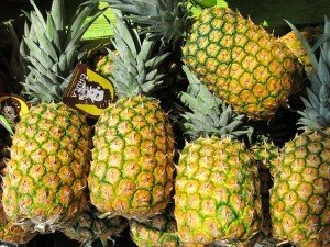 pineapples nutrition and benefits