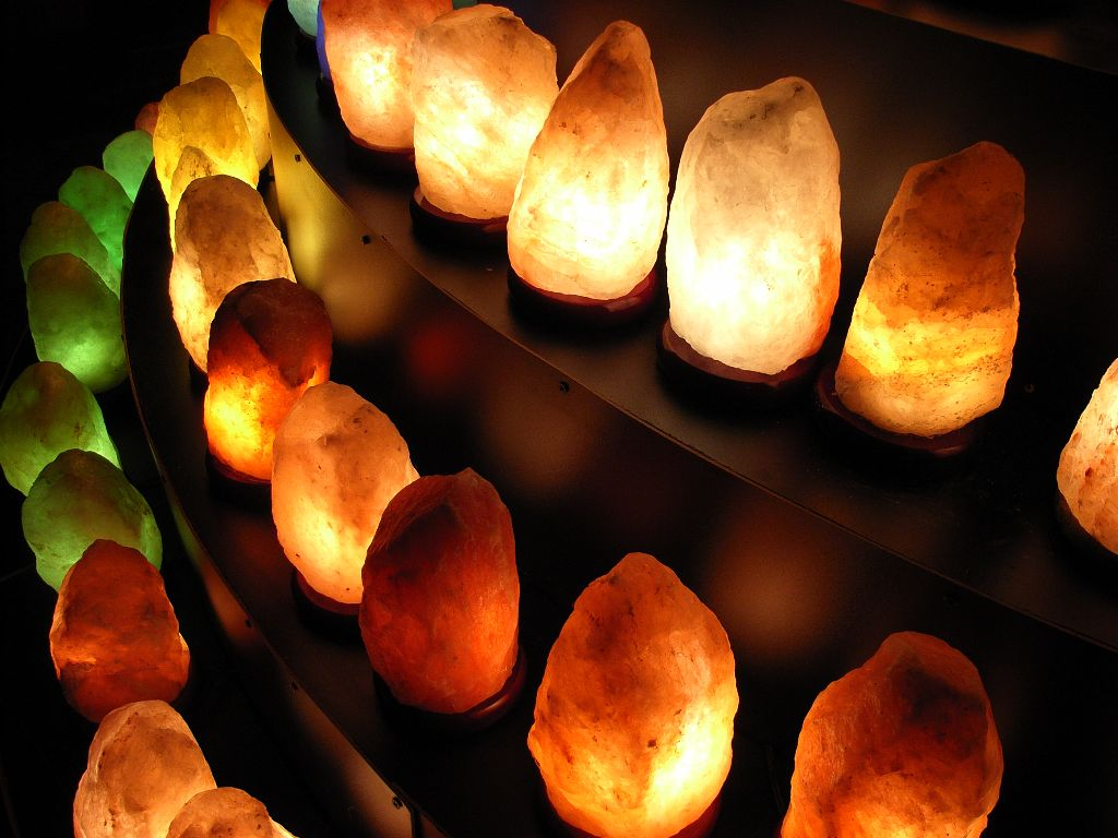 Himalayan salt lamps benefits