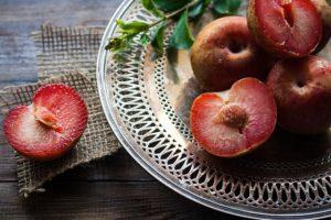plums pit