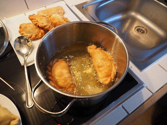 best oil for deep frying